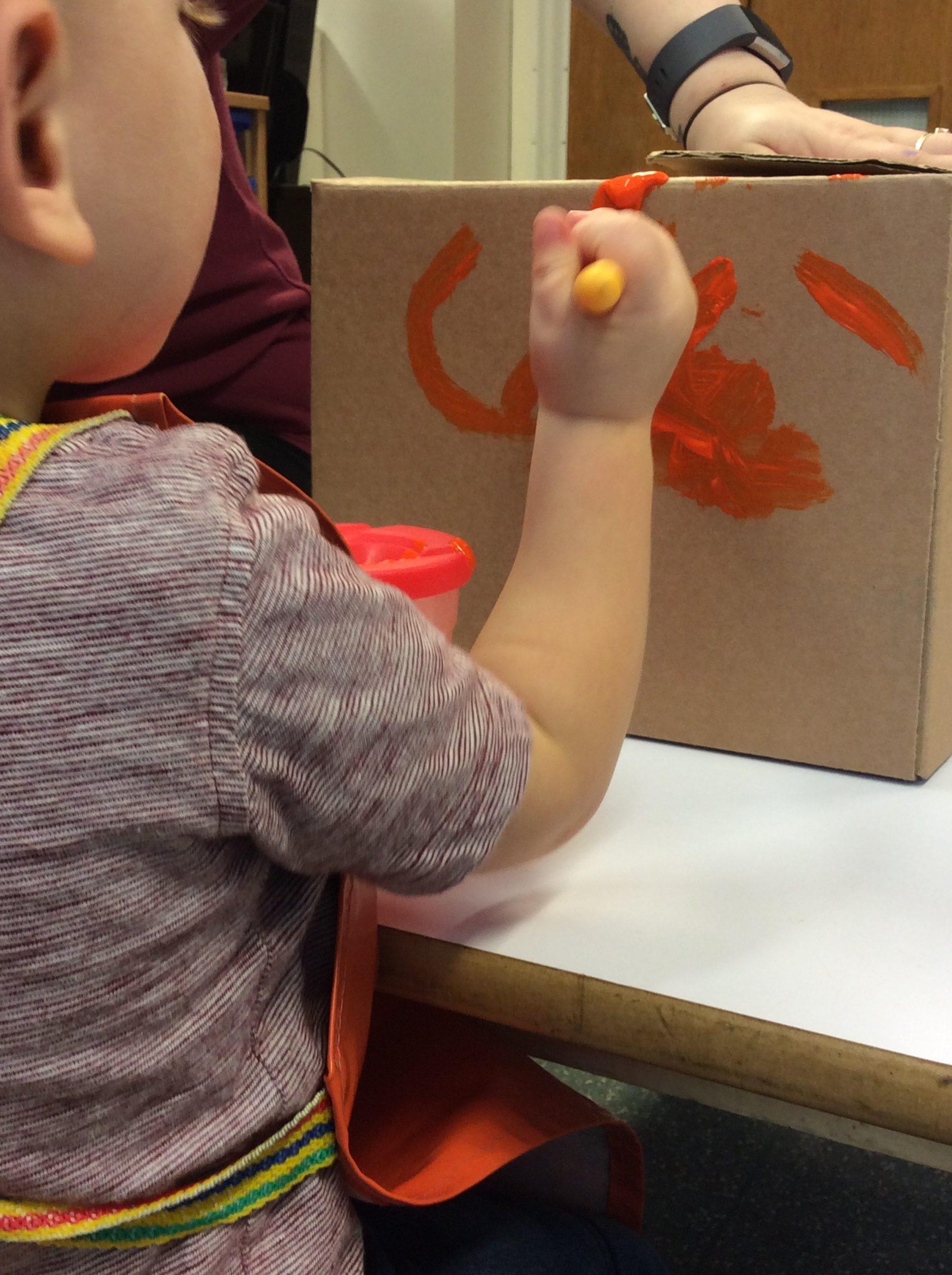 child painting box